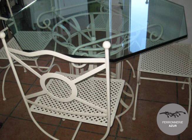 Fabrication de tables et chaises en fer forgé à Fréjus occasion