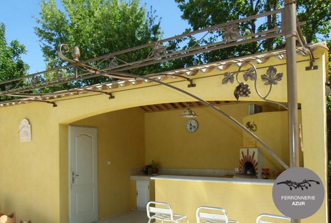 Fabrication d'une pergola sur mesure à Toulon Côte d'Azur occasion