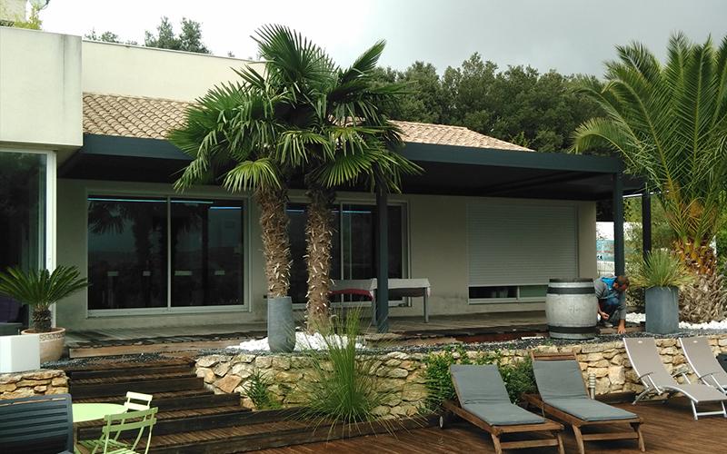 Pergola en aluminium extrudé bioclimatique à Cannes 06 occasion