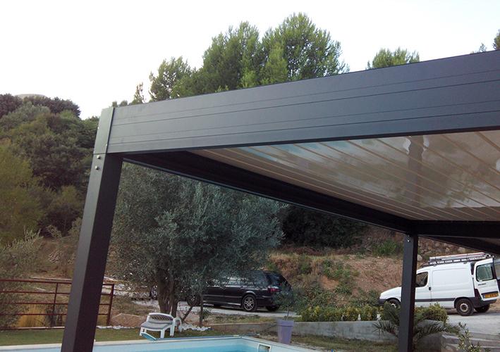 Pergola bioclimatique en aluminium à Frejus Var 83 occasion