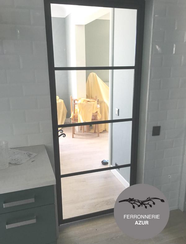 Porte vitrée structure métal sur mesure à Nice 06 occasion
