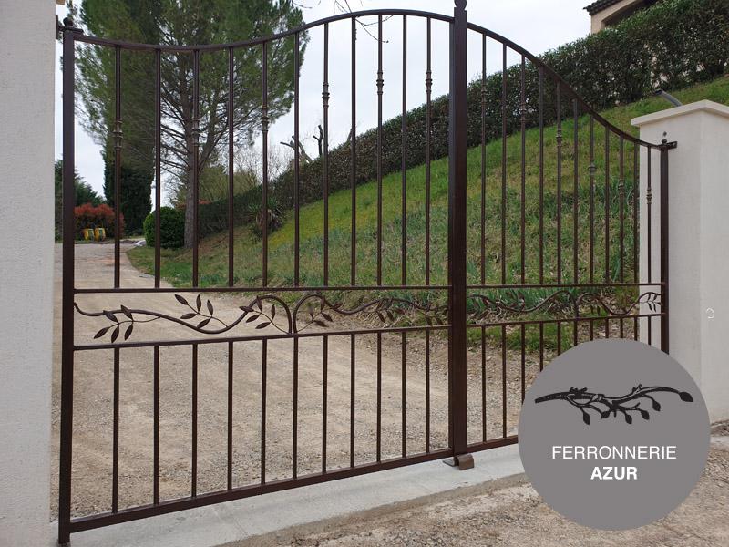 Fabrication portail sur mesure en metal peint noir Grasse 06 occasion